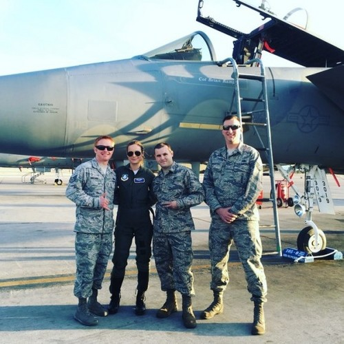 Marvel's Captain Marvel kertas dinding entitled Brie Larson at Nellis Air Force Base