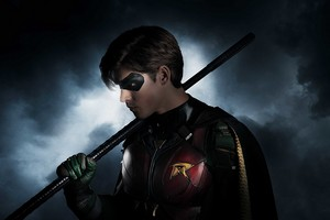First Look at Brenton Thwaites as Nightwing/Dick Grayson in Upcoming Live-Action Titans