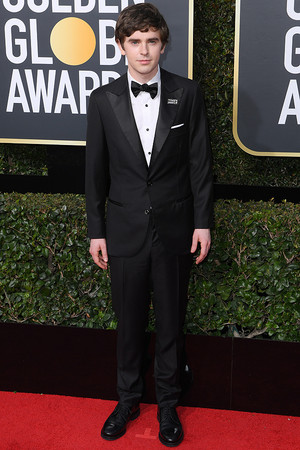 Freddie Highmore at 2017 Golden Globes Awards