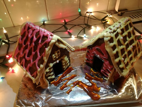 Beautiful Things 壁纸 titled Gingerbread houses I made <3