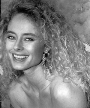 Gloria Marsh [Teresa Blake, AMC Promo]