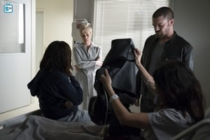 """How to Get Away With Murder """"He's Dead"""" (4x09) promotional picture"""