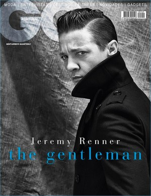 Jeremy Renner - GQ Portugal Cover - 2017