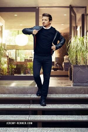 Jeremy Renner - Robb reportar Photoshoot - 2016