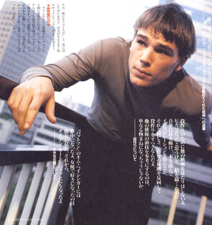 Josh Hartnett - Japan shoot