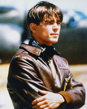 Josh Hartnett as Danny Walker in Pearl Harbor