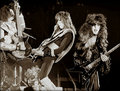 KISS (NYC) February 18, 1977 (Madison Square Garden) - kiss photo