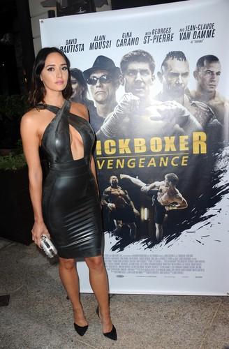 Sara Malakul Lane kertas dinding called Kickboxer: Vengeance Premiere