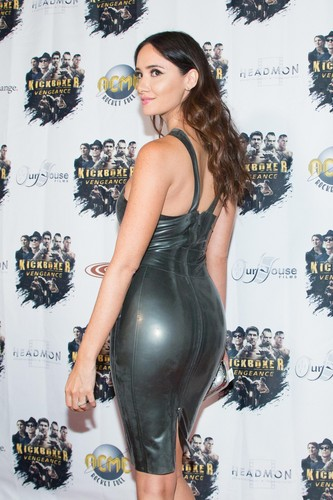 Sara Malakul Lane wallpaper called Kickboxer: Vengeance Premiere