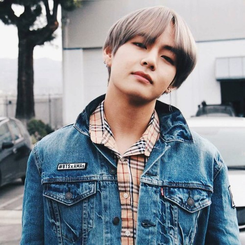 वी (बी टी एस )#A club for Kim Taehyung a.k.a V, the vocalist of BTS! वॉलपेपर titled Kim Tae Hyung