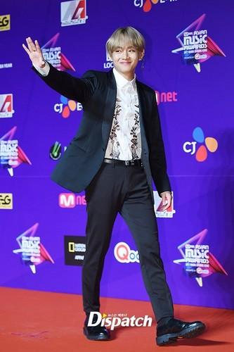 वी (बी टी एस )#A club for Kim Taehyung a.k.a V, the vocalist of BTS! वॉलपेपर called Kim Tae Hyung