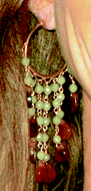 Linda's Green Earring