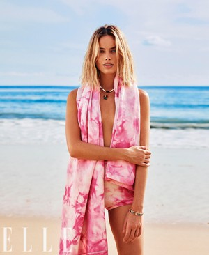 Margot Robbie ~ Elle ~ February 2018