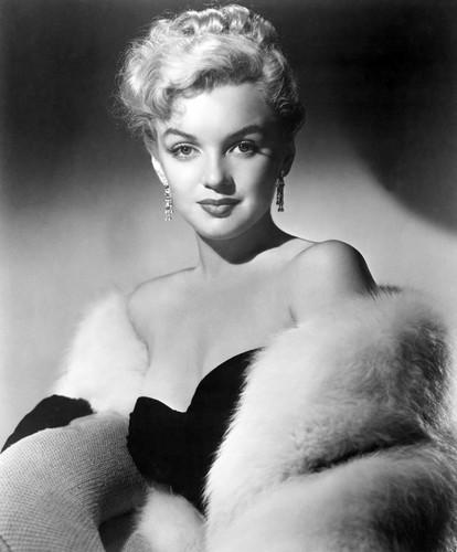 Marilyn Monroe achtergrond titled Marilyn Monroe