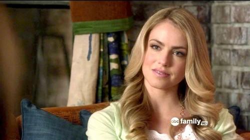 Pretty Little Liars TV دکھائیں پیپر وال entitled Meredith