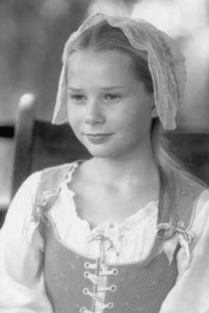 Mika Boorem as Margaret Martin in The Patriot
