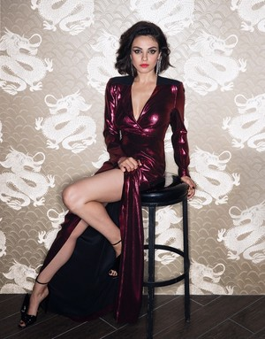 Mila Kunis for The chỉnh sửa Magazine [November 2017]