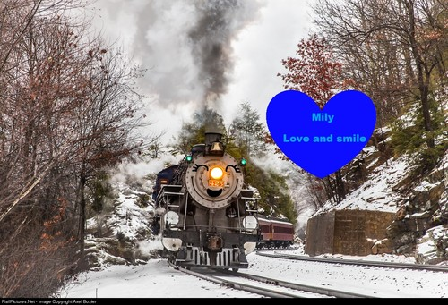 Thomas the Tank Engine achtergrond called Mily: Love And Smile