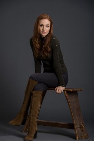 Outlander Brianna Randall Season 3 Official Picture