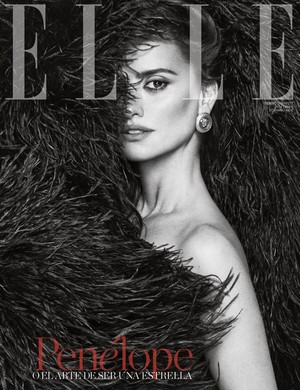 Penélope Cruz covers Elle Spain [February 2018]