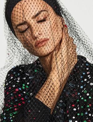 Penélope Cruz covers Elle Spain [February 2018]