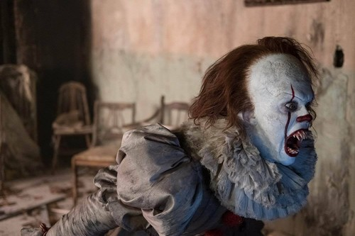 Horror films achtergrond entitled Pennywise from IT (2017)