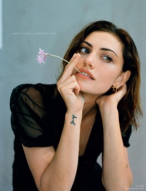 Phoebe Tonkin — So It Goes Magazine #10