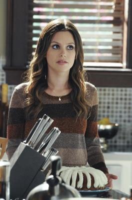 Rachel as Zoe Hart