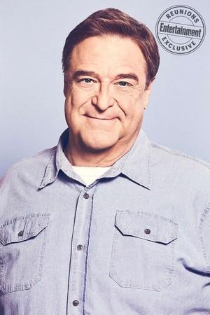 Roseanne Cast's Entertainment Weekly Portraits - John Goodman as Dan Conner