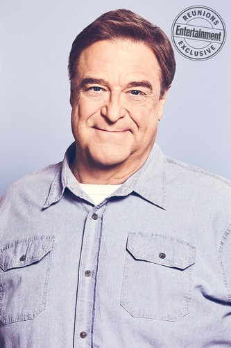 Roseanne achtergrond titled Roseanne Cast's Entertainment Weekly Portraits - John Goodman as Dan Conner