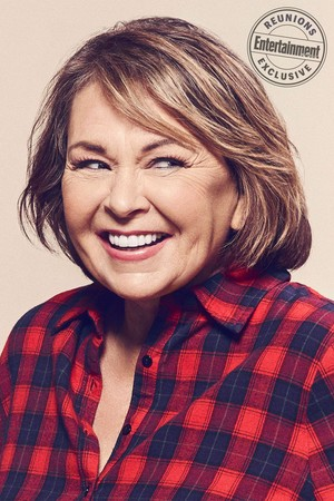 Roseanne Cast's Entertainment Weekly Portraits - Roseanne Barr as Roseanne Conner