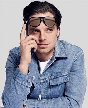 Sebastian Stan jeans jaket