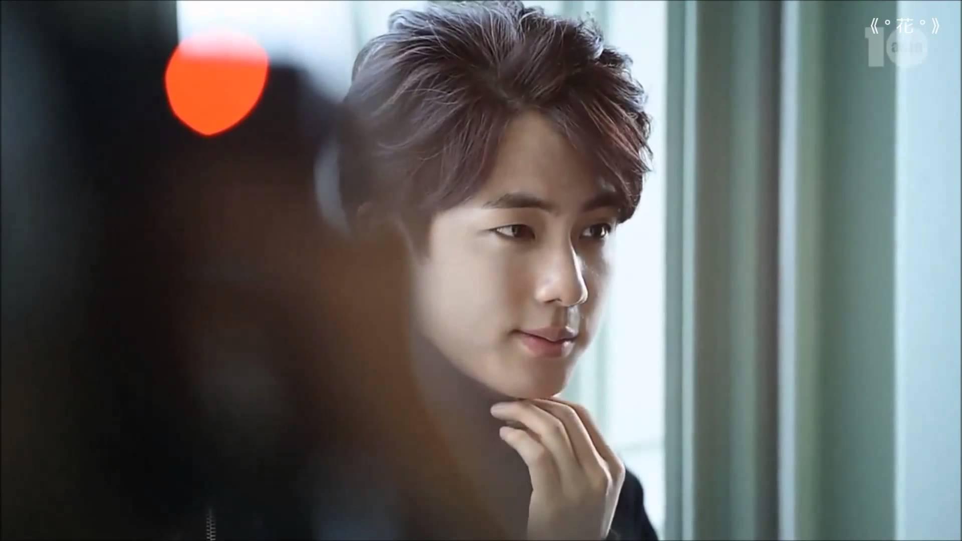 Seokjin Jin Bts Wallpaper 40936522 Fanpop