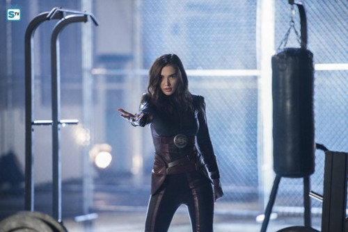 Supergirl (2015 TV Series) hình nền titled Supergirl - Episode 3.10 - Legion of Super-Heroes - Promo Pics