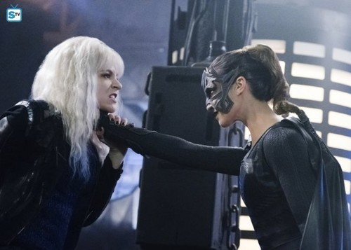 Supergirl (2015 TV Series) hình nền called Supergirl - Episode 3.11 - Fort Rozz - Promo Pics