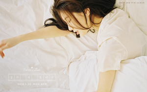 Suzy gets cozy in 더 많이 사진 for solo album 'Faces of Love'
