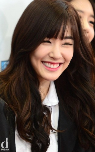 jlhfan624 achtergrond entitled Tiffany Hwang