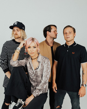 Tonight Alive picture