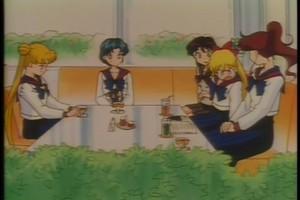 Usagi Amy Rei Minako and Makoto