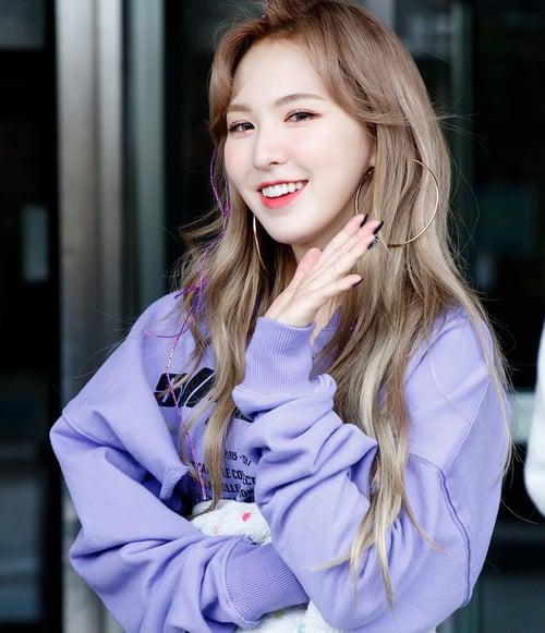 Red Velvet Gambar Wendy Wallpaper And Background Foto 40993357