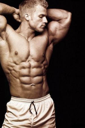 imagenes.4ever.eu eli blahut hombre musculoso musculatura ladrillos abdominales 151792