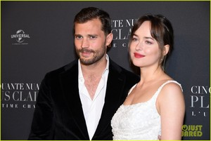 Jamie Dornan and Dakota Johnson Premiere 'Fifty Shades Freed' in Paris