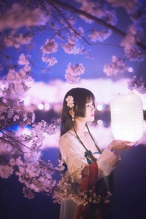 东风夜放花千树
