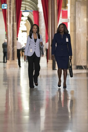 "4x13 - ""Lahey v. Commonwealth of Pennsylvania"" (Scandal crossover) - Promotional 写真"