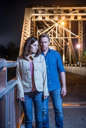 charlotte Sullivan and Diego Klattenhoff in 'Radius'