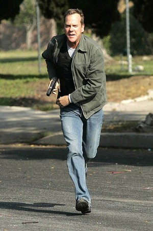 Jack Bauer 24 Season 6 Running