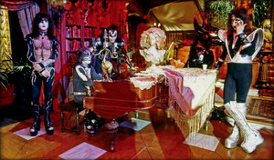 キッス ~Hollywood, California…October 29, 1976 (Paul Lynde ハロウィン Special-ABC Studios)