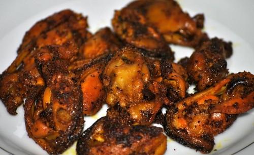 Indian Food wallpaper called Kallummakkaya roast Kadukka roast