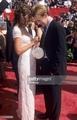 Katie Holmes & James furgone, van Der Beek 1998 Emmys