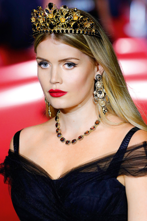 Lady Kitty Spencer Dolce Gabbana Milan uj